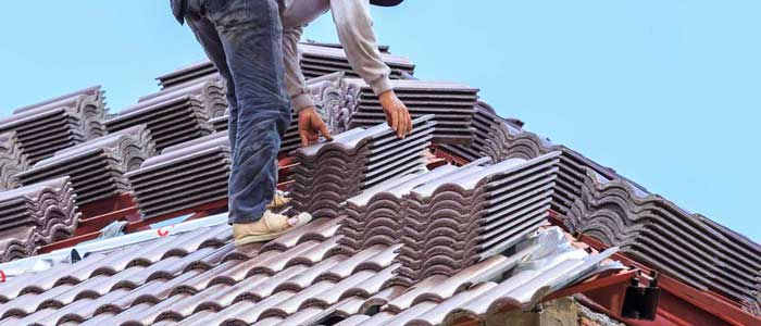 features of hiring the roofing services