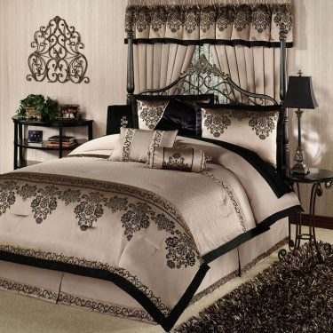Elegant Bedding Designs